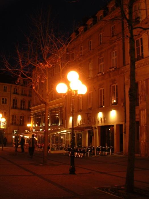 Metz bei Nacht