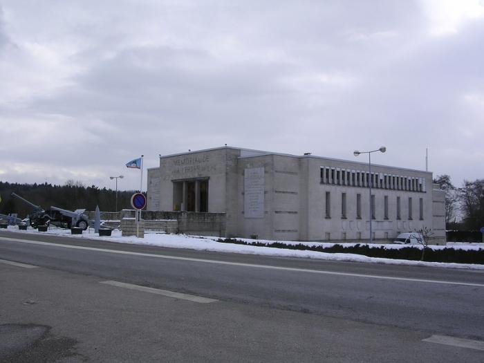 Verdun:Gedenkstätte